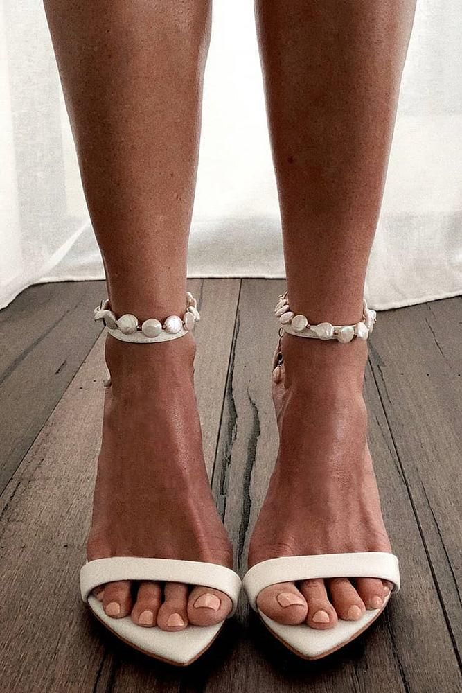 21 Comfortable Wedding Shoes That Are So Pretty is part of Wedding shoes comfortable, Bridal shoes, Elegant anklet, White wedding shoes, Wedding shoes, Pretty wedding dresses - Your wedding may be the happiest day of your life and you must very carefully choose your shoes  Here, 21 comfortable wedding shoes that will make your look