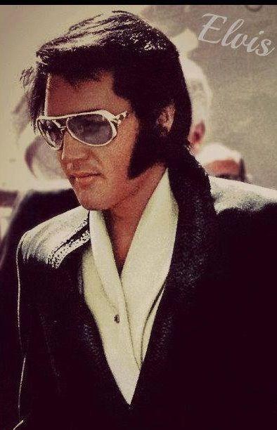 ffc56a071e0 Elvis sunglasses