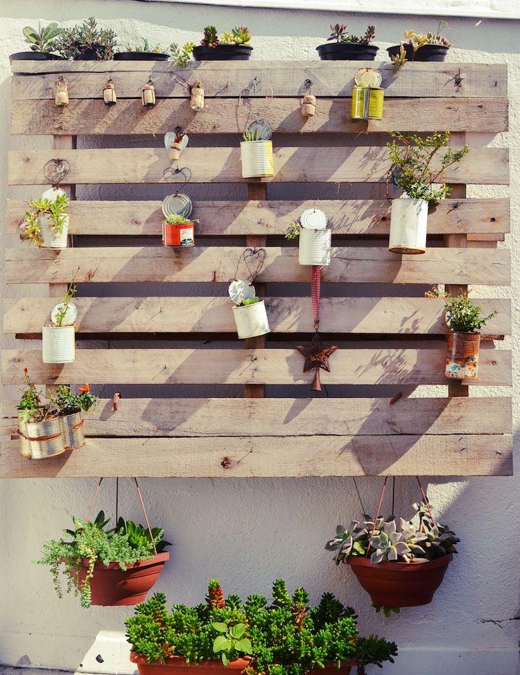 Jardin vertical palette des conseils pour r ussir la culture dans l 39 air sideyard pallets - Jardin vertical exterieur ...