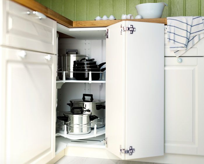 metod eckunterschrank in weiß mit karussell mit töpfen und pfannen ... - Ikea Küche Eckschrank Karussell