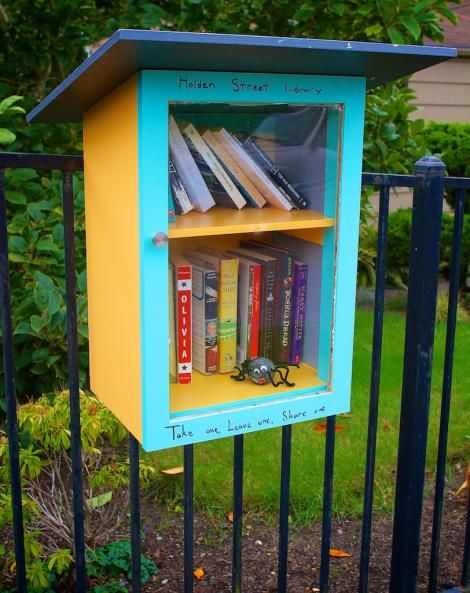 Little Free Libraries Popping Up Around West Seattle