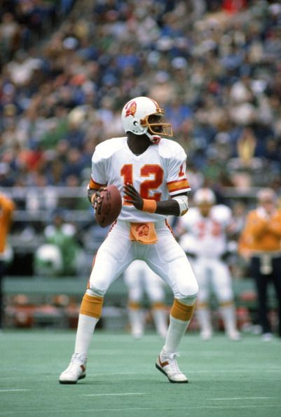 Doug Williams Buccaneers Pictures And Photos Doug Williams Buccaneers Football Tampa Bay Buccaneers