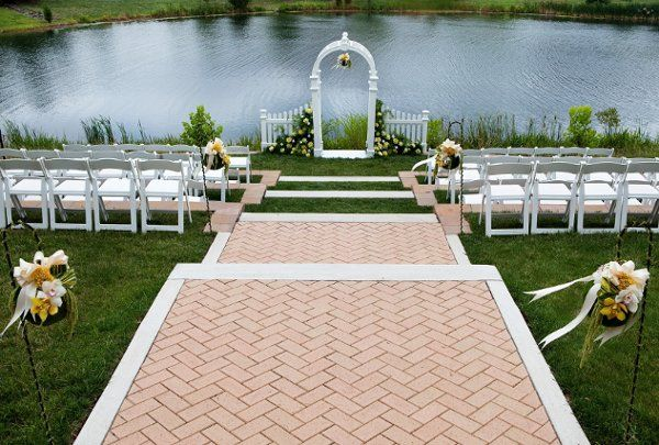 Outdoor Ceremony Space Near DC - Westin Dulles