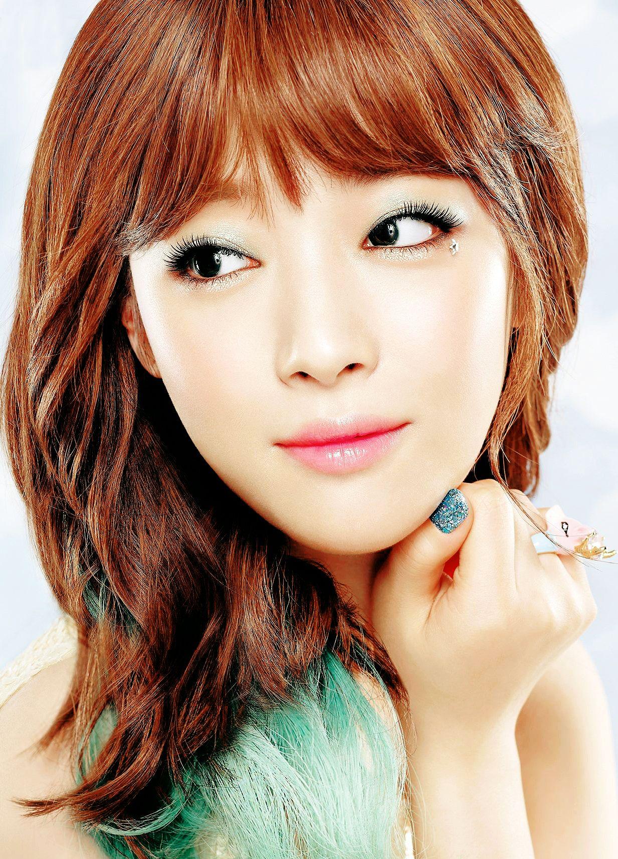 F X Fx Victoria Victoria Song Qian Amber Amber Liu Luna Sunyoung Sulli Jinri Choijin K Hair Style Korea Makeup Tips For Brown Eyes Celebrity Makeup