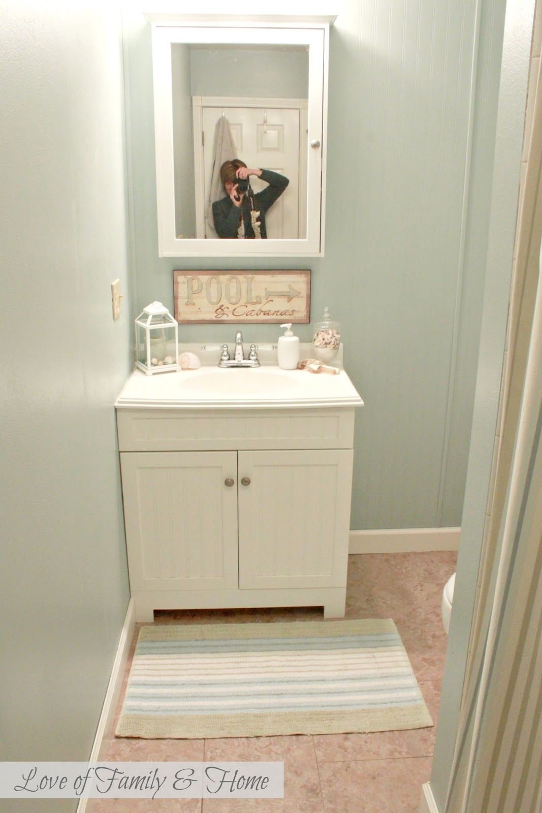 best color to paint a small bathroom | Best Paint Colors For Small ...