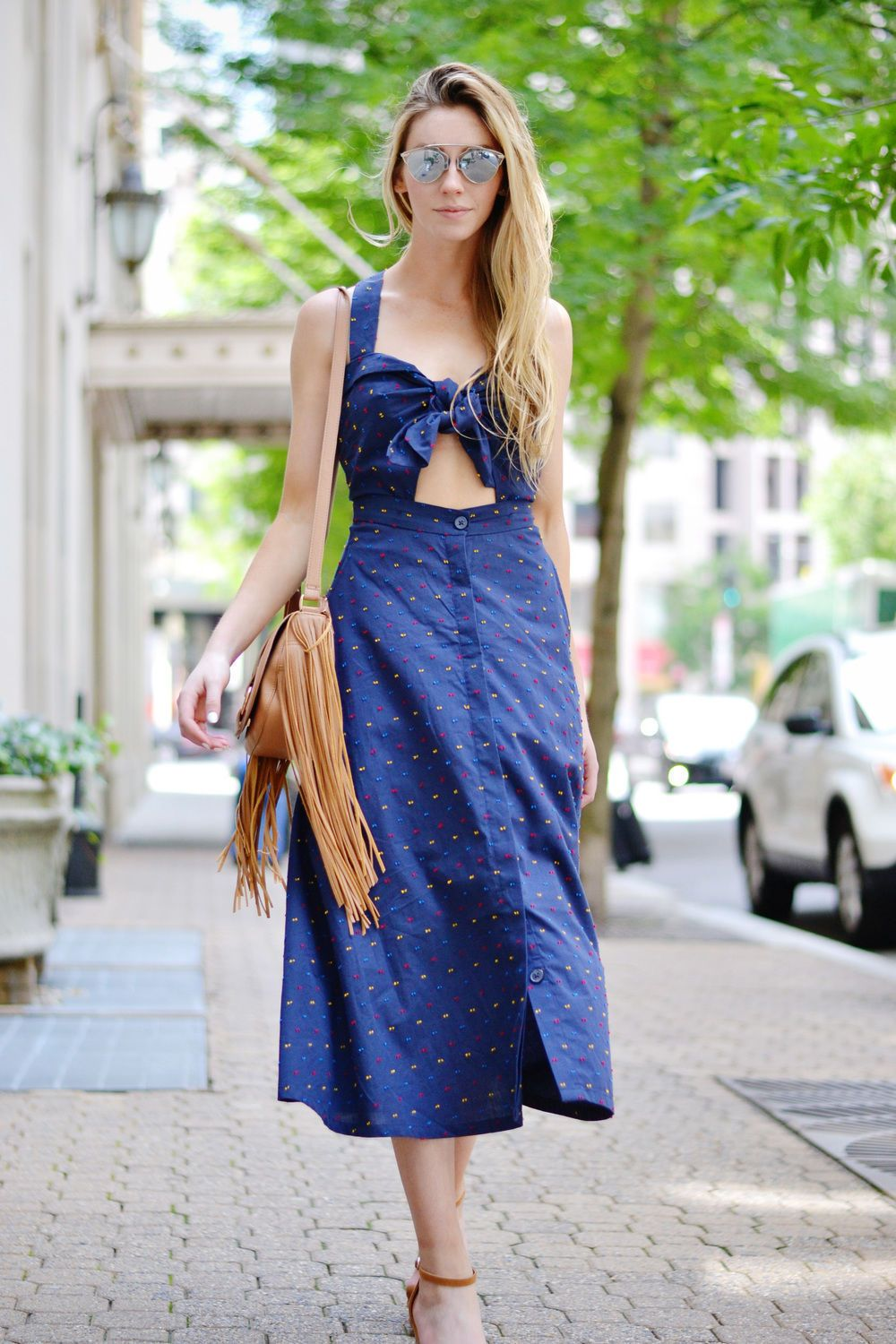 Blue dress - the trend of the upcoming season