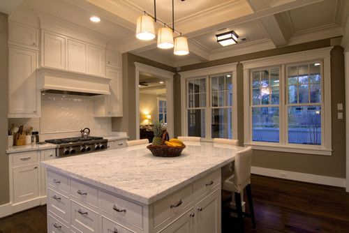 Genial Are Those Polished Chrome Cabinet Fixtures? Love The Backsplash. Is That A  Polished White