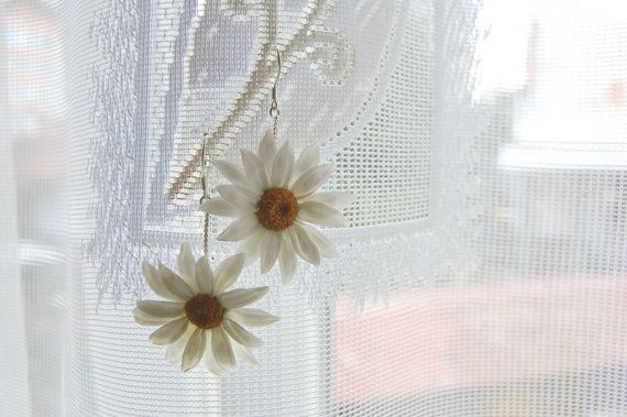 Floral White Daisies earrings  Tender polymer clay by FloralStyle, $38.00
