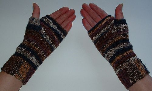 Basic Fingerless Gloves With Optional Thumbs Crafts Pinterest