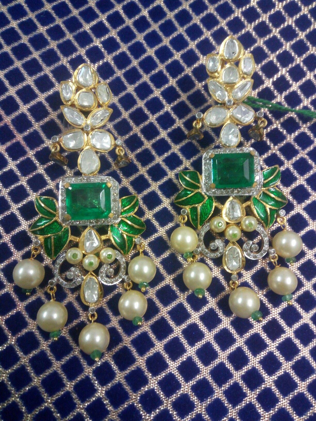 Diamond Polki handmade earring hanging with pearl