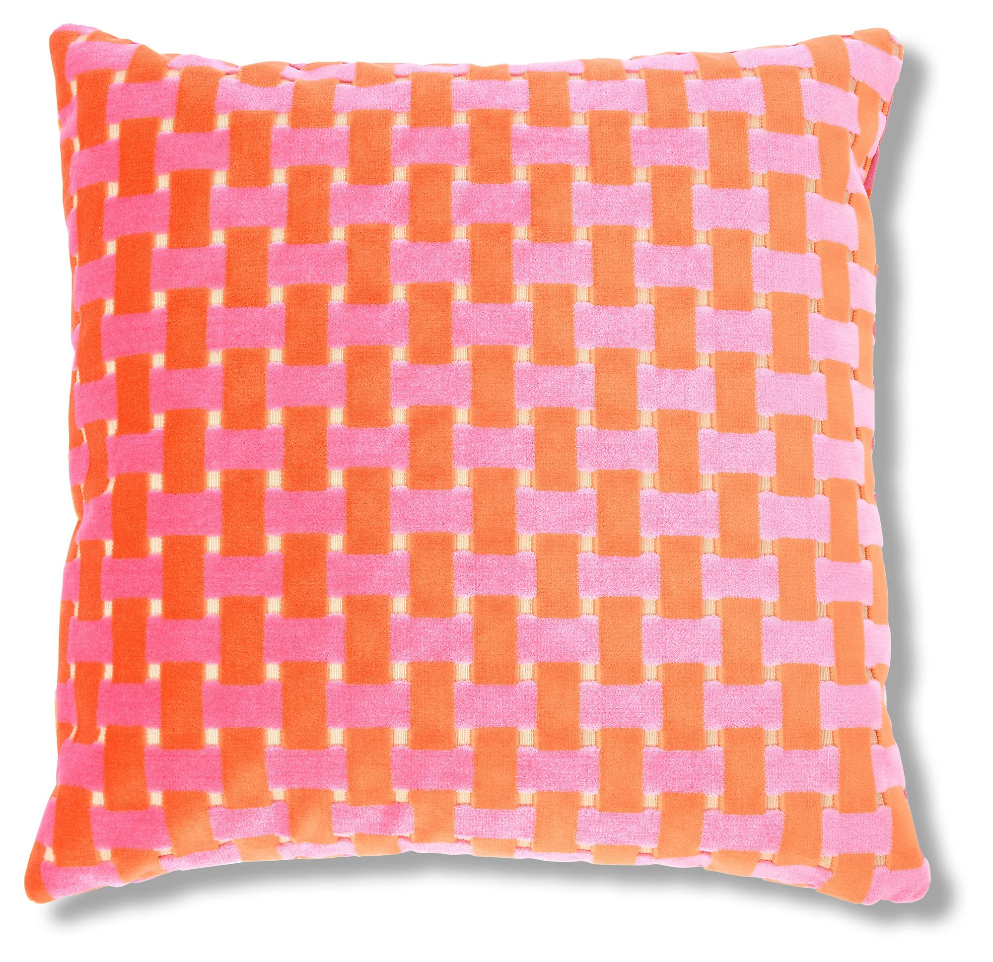 The bold basketweave design on this cutvelvet pillow is sure to