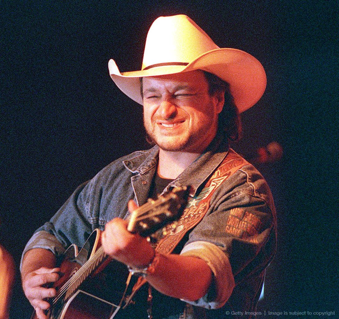 Beaumont tx native country singer mark chesnutt