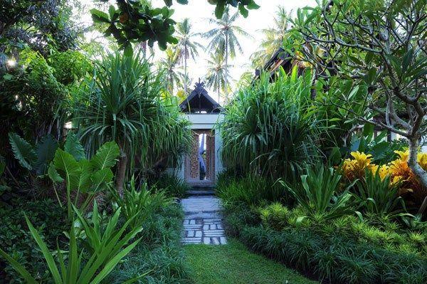Lush Jungle Of East Bali: Exclusive Jasri Beach Villas