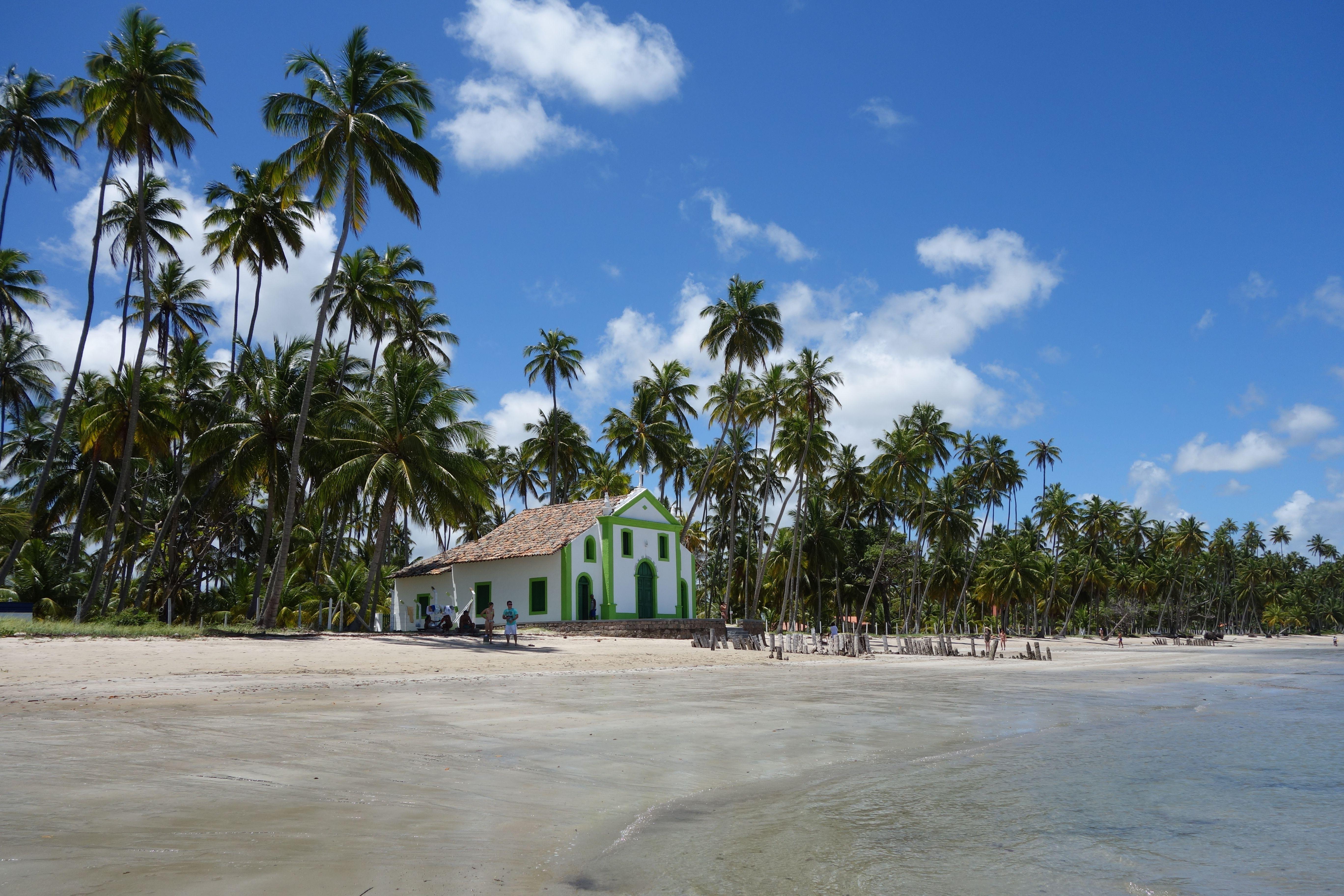 Photo by Daniel Leite, Carneiros Beach, Pernambuco, Brazil