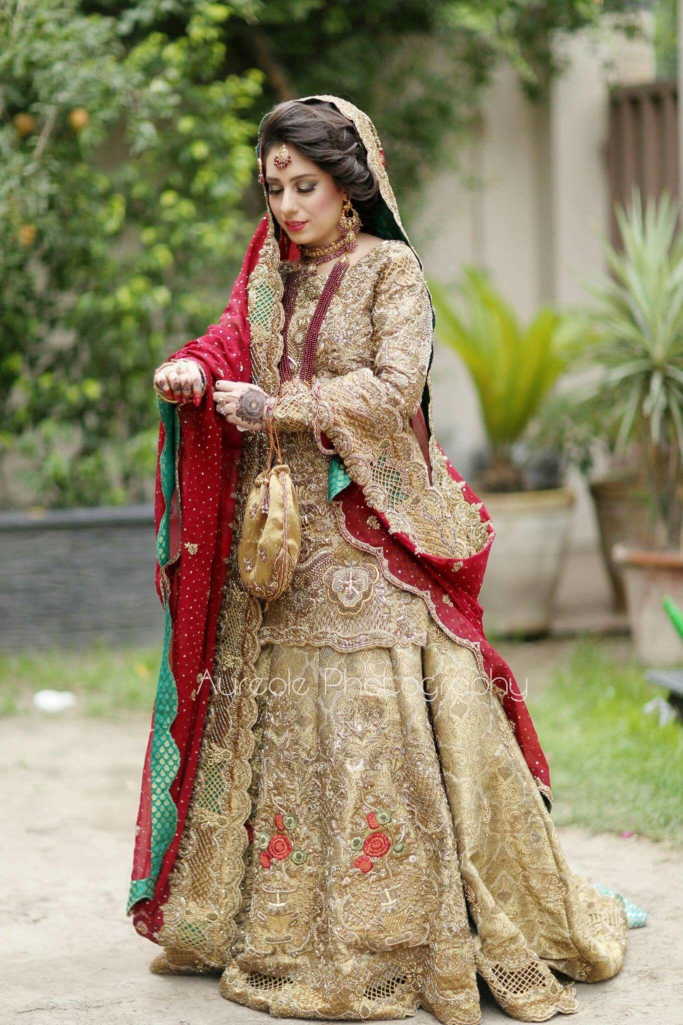 Pin de Maheen Meher...🎓 en Wedding Style ☆Nikah☆ | Pinterest