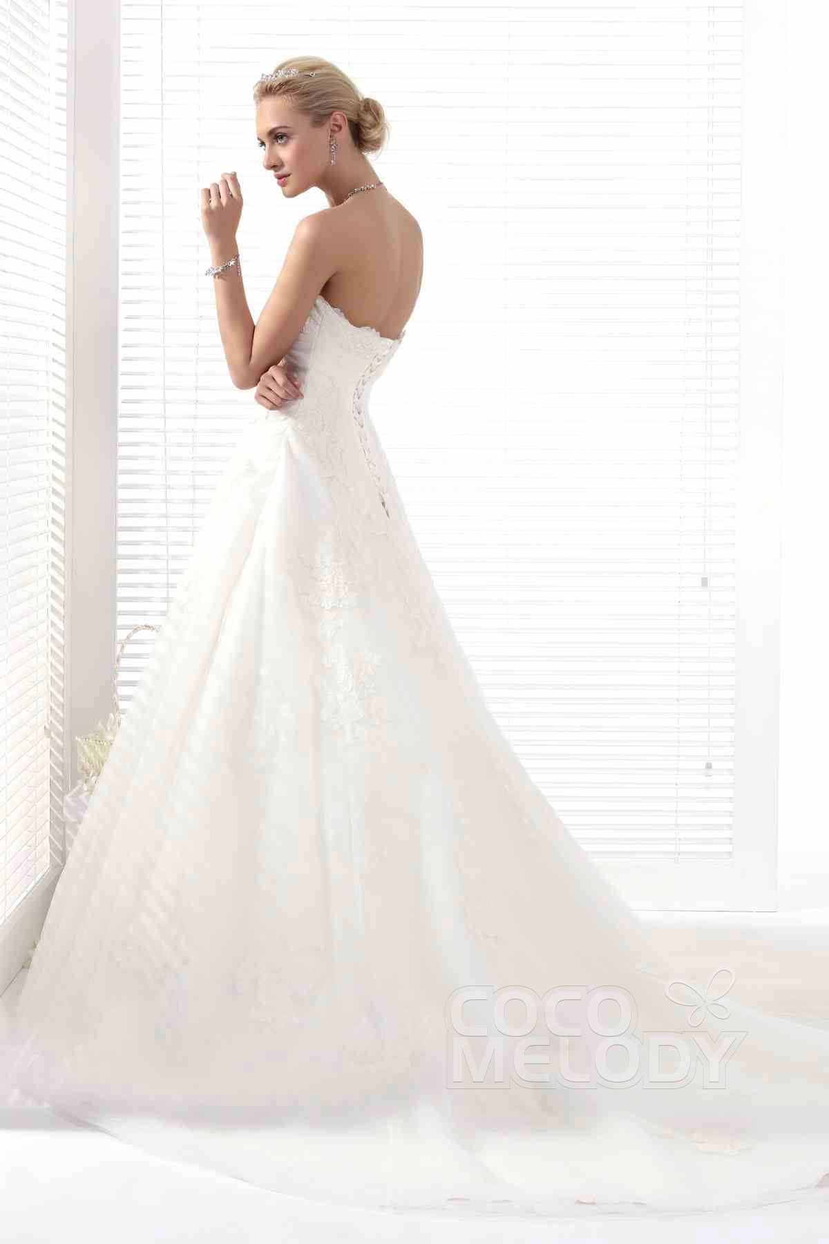 Perfect A-Line Sweetheart Chapel Train Tulle Wedding Dress Alb12283#Cocomelody#weddingdresses#bridalgown#