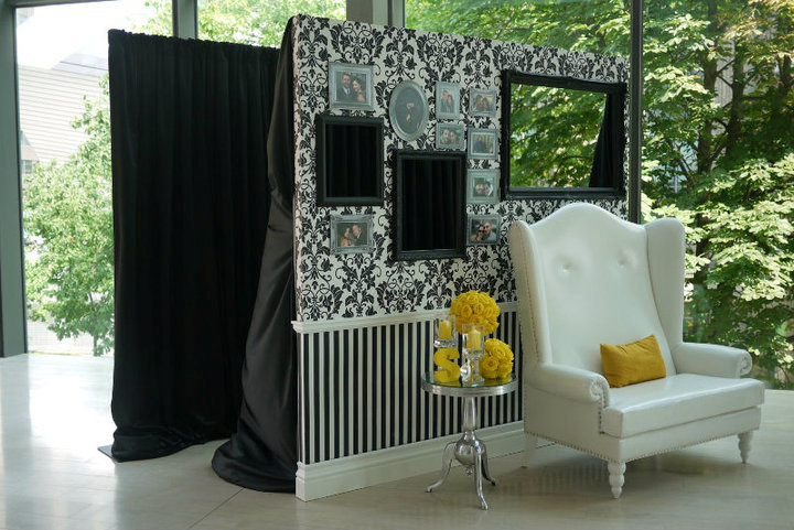 how the diy photo booth is done event planning