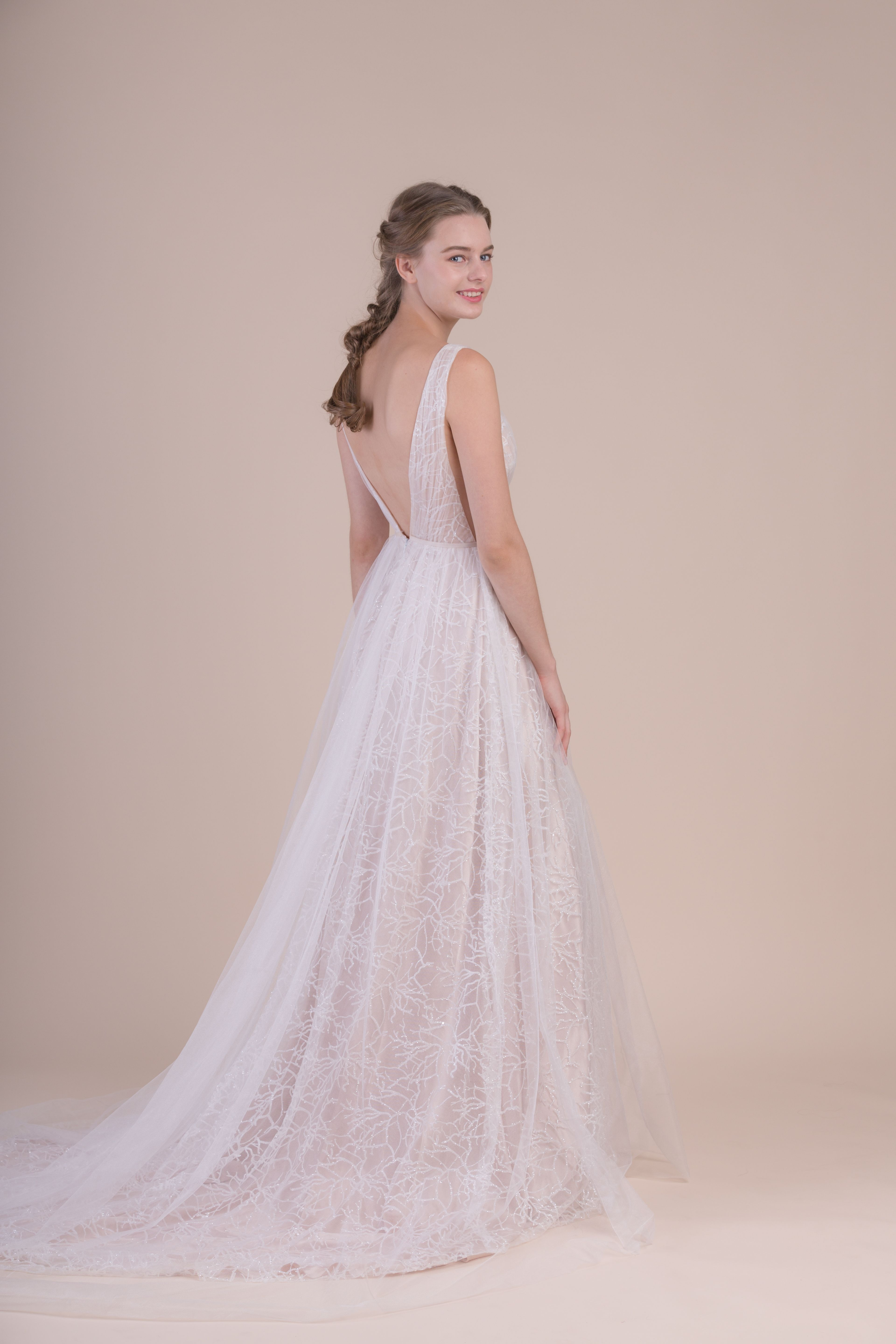 Casual chic the gown warehouse chic wedding dresses