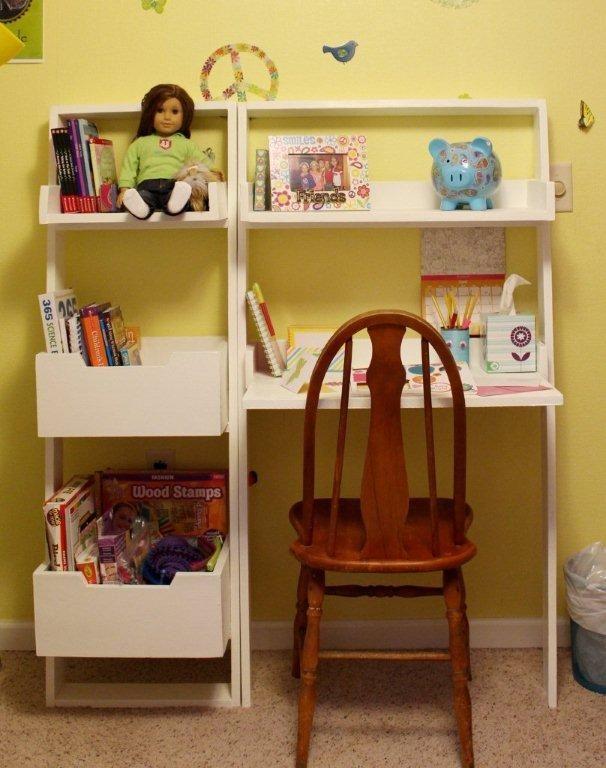 Little Sloan Leaning Bookshelf