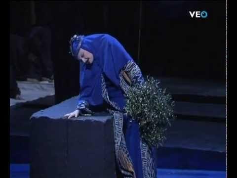 Edita gruberova casta diva norma vincenzo bellini m sica pinterest bellini and opera - Norma casta diva bellini ...