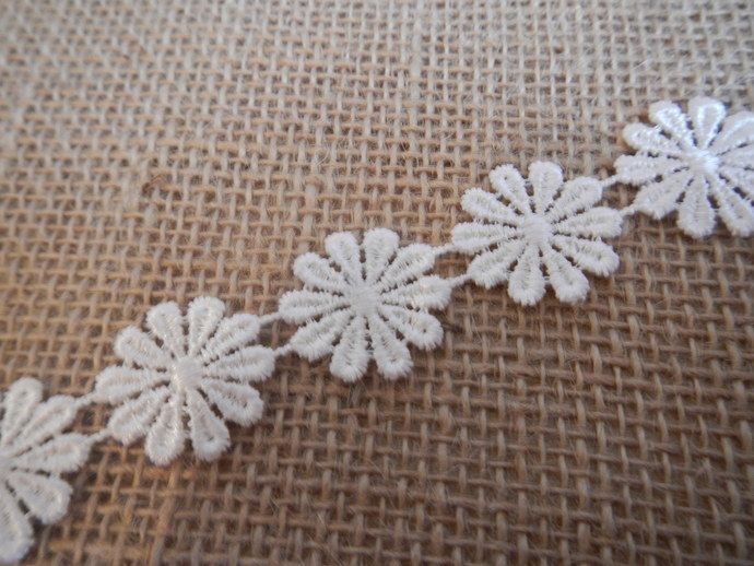 Daisy Flower Lace Trim by LacesandPearls By Jules, $1.10 USD