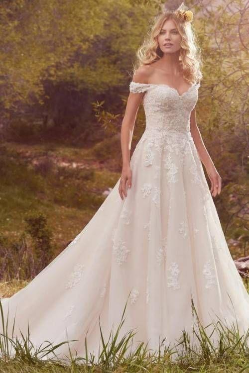 Divine Atelier 2020 Brudekjoler Bryllupsinspirasi Guddommeligt Atelier 2020 At In 2020 Boho Chic Wedding Dress Wedding Dresses High Low Chic Wedding Dresses