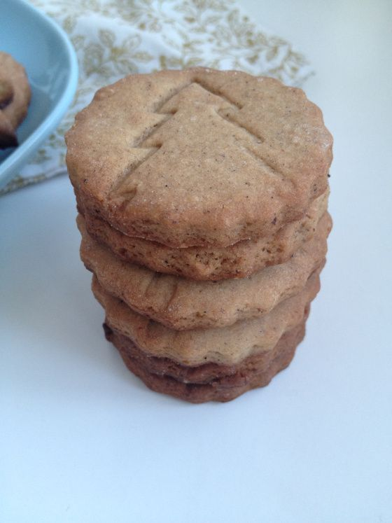 vegan christmas spice biscuits