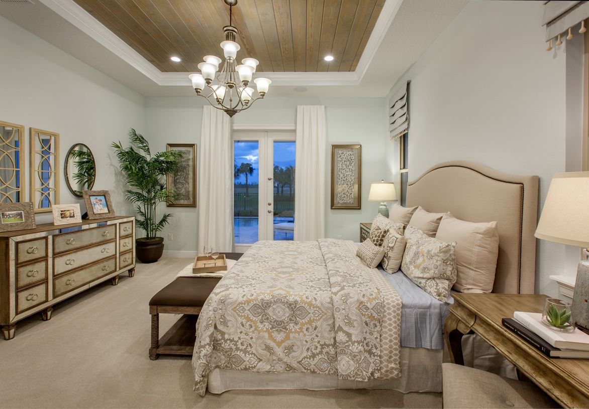Toll Brothers Luxurious Master Bedrooms Foyer