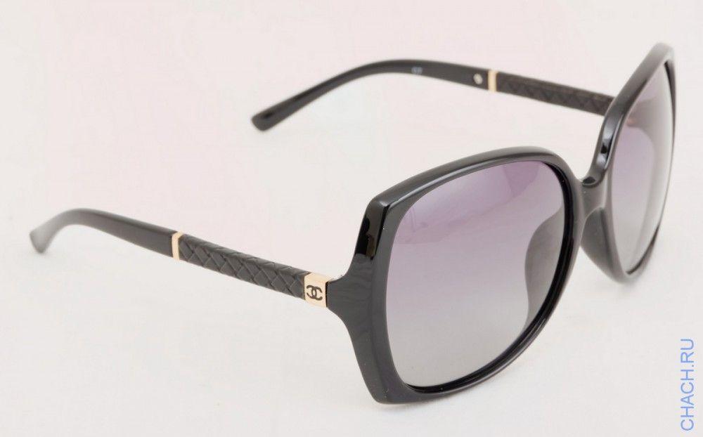 Солнцезащитные очки Шанель черные со вставками под кожу на дужках ... 3ce78337a64