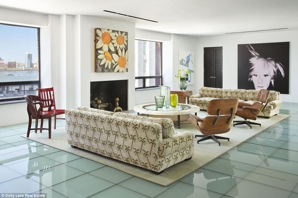 Le penthouse de Robert De Niro   CHEZ SOI Photo: ©dollylenz.com #penthouse #robertdeniro #newyork #westvillage #luxe #immobilier #visiteguidee