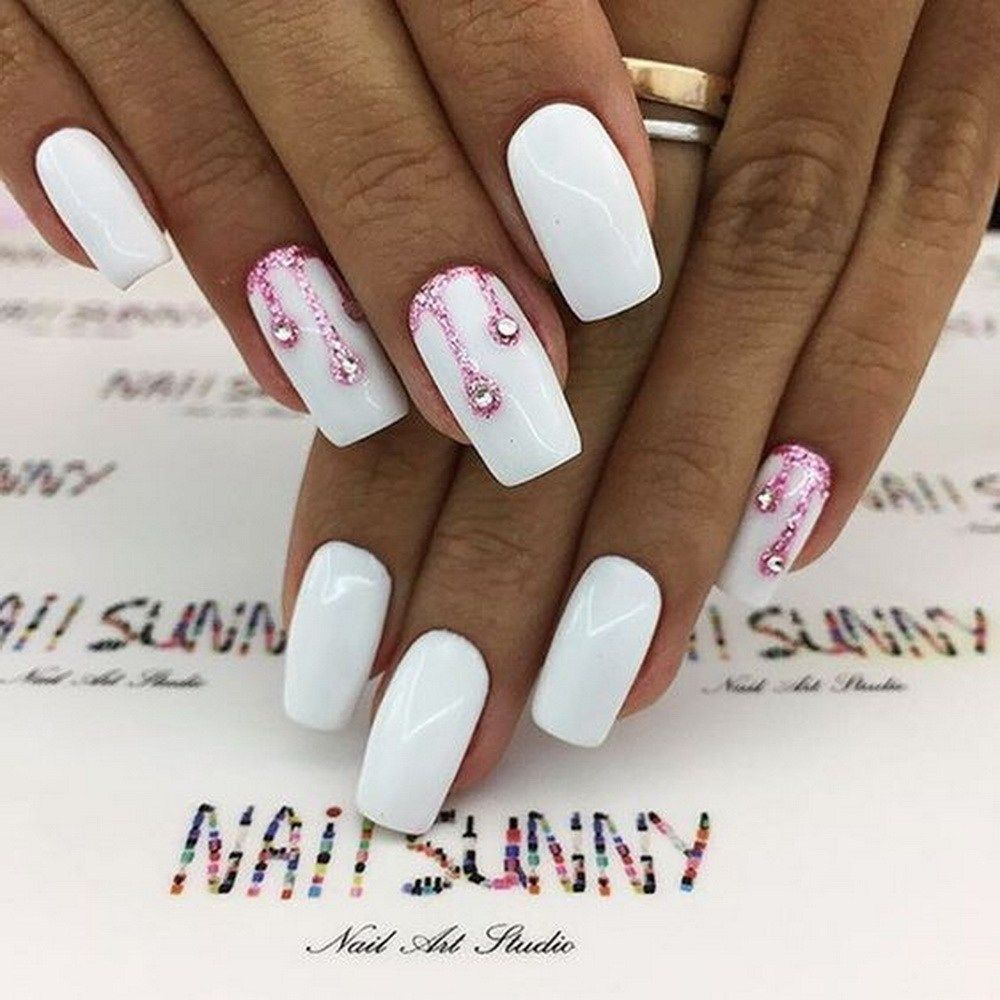 25 Elegant White Nail Art Ideas that You will Love for Winter - Wass Sell