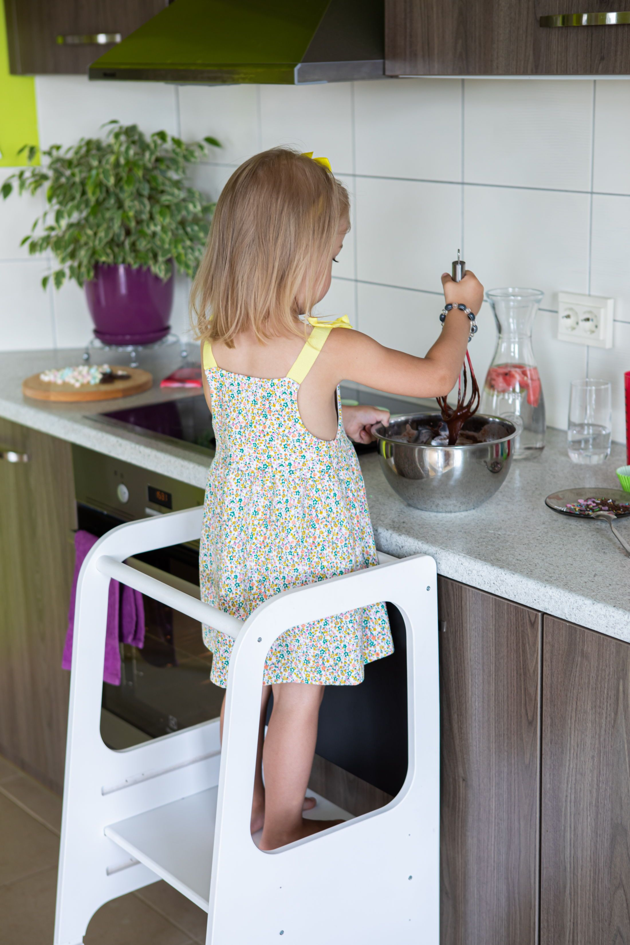 Marvelous Kitchen Tower Kitchen Helper Tower Kitchen Stool Toddler Creativecarmelina Interior Chair Design Creativecarmelinacom