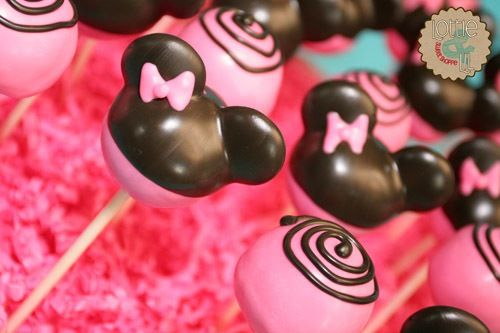 Disney Black & Pink Mini-Mouse Cake Pops