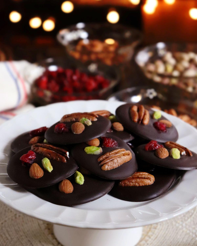 Mendiants Bombones De Chocolate Navidenos Bombones De Chocolate Chocolates Navidenos Chocolate