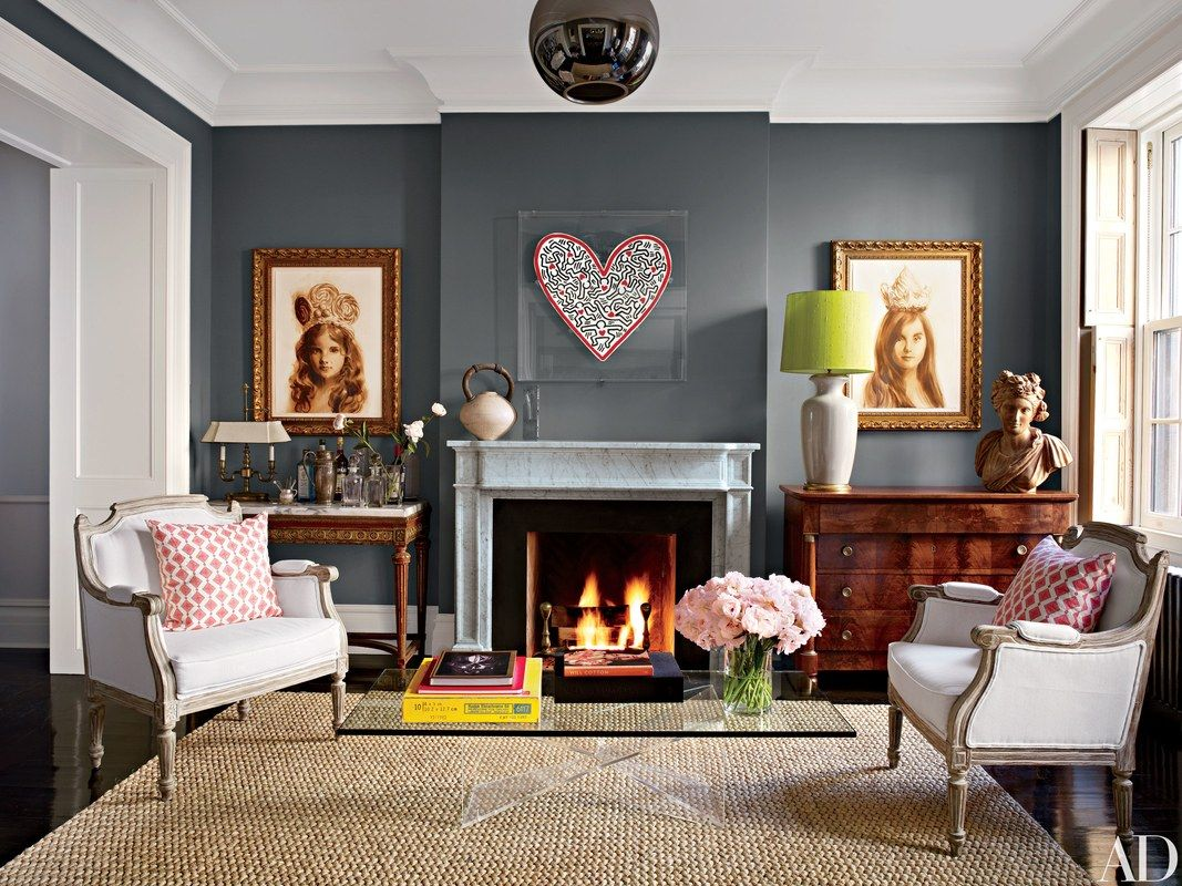 Two portraits in the same frame style unite this look from @archdigest
