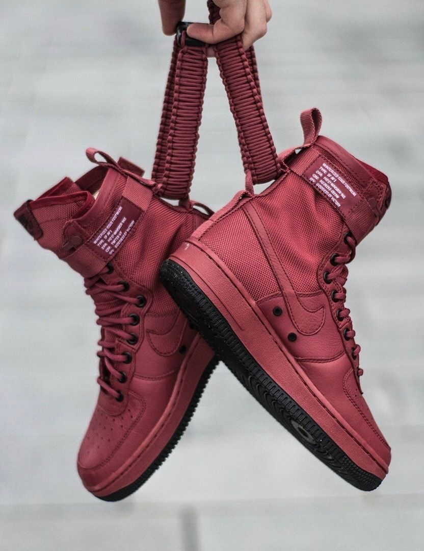 Nike SF Air Force 1 High: Red #sneakersnike | Tenis skate