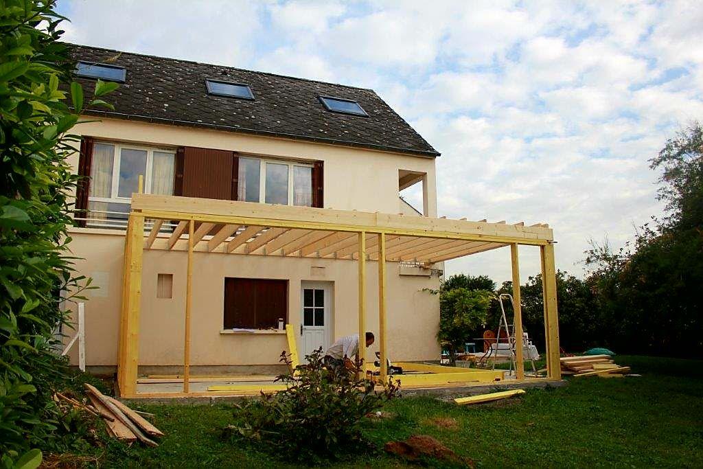 Travaux d\u0027extension maison en cours, avec bardage couleur pin brulé