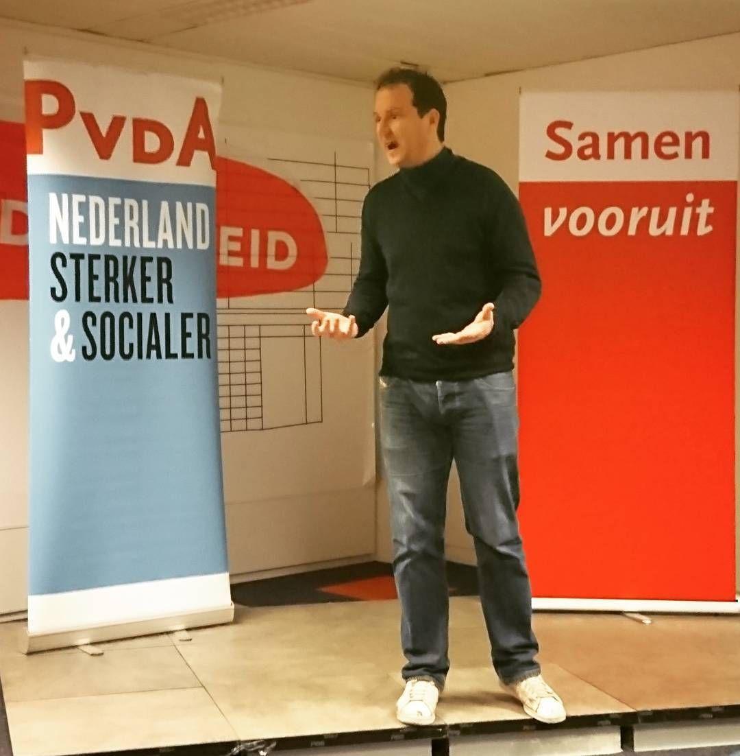 @lodewijkasscher roept op om Samen vooruit te gaan. Een positief verhaal over een Nederland waar we met respect samenwerken aan een mooiere en betere samenleving. Met elkaar. Ook in Zaanstad. #pvda #wijzijnzaankanters