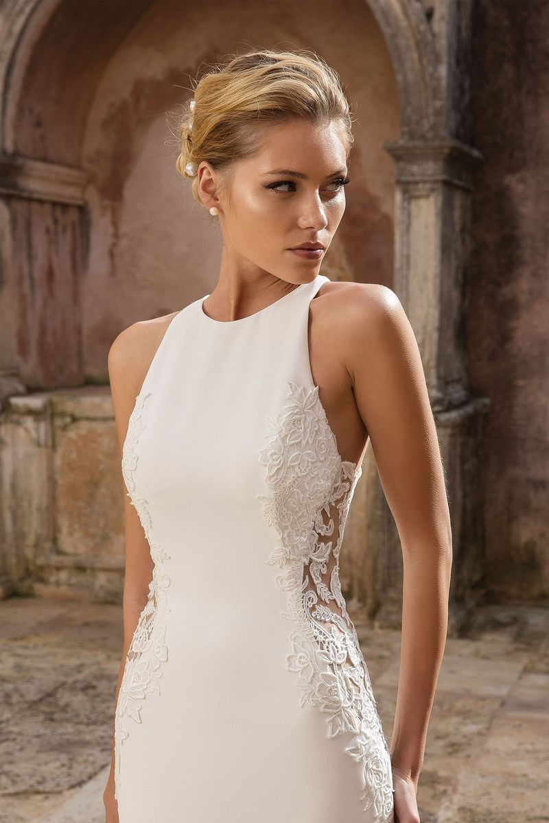 Justin Alexander Ivory and Gold Plunging Sweetheart Fit Flare Bridal Gown Sexy Wedding Dress