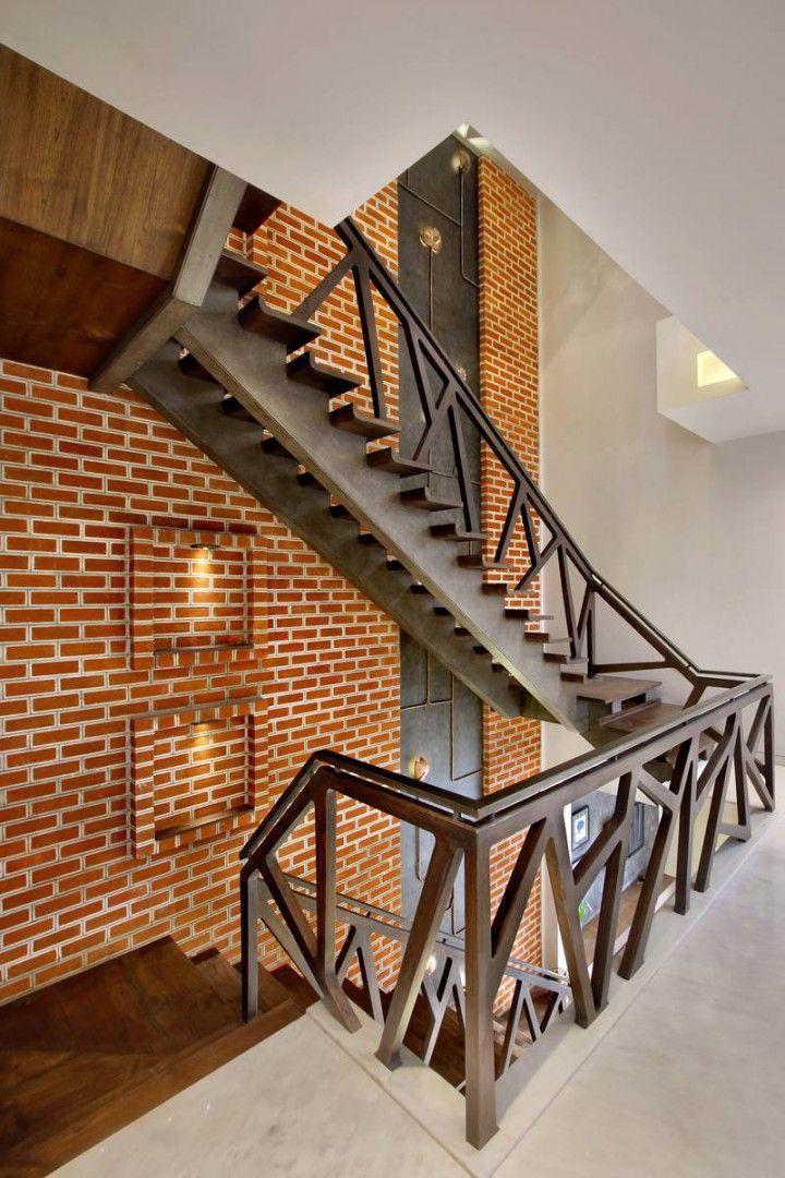 Best Nitya Bungalow A T Associates Staircase Design 400 x 300
