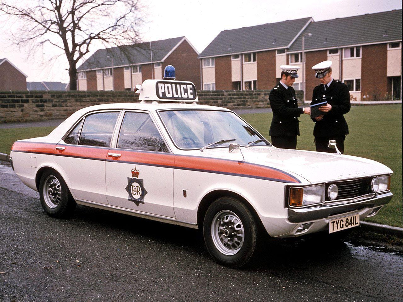 British Police Jam Sandwich Mk1 Ford Granada Gt British