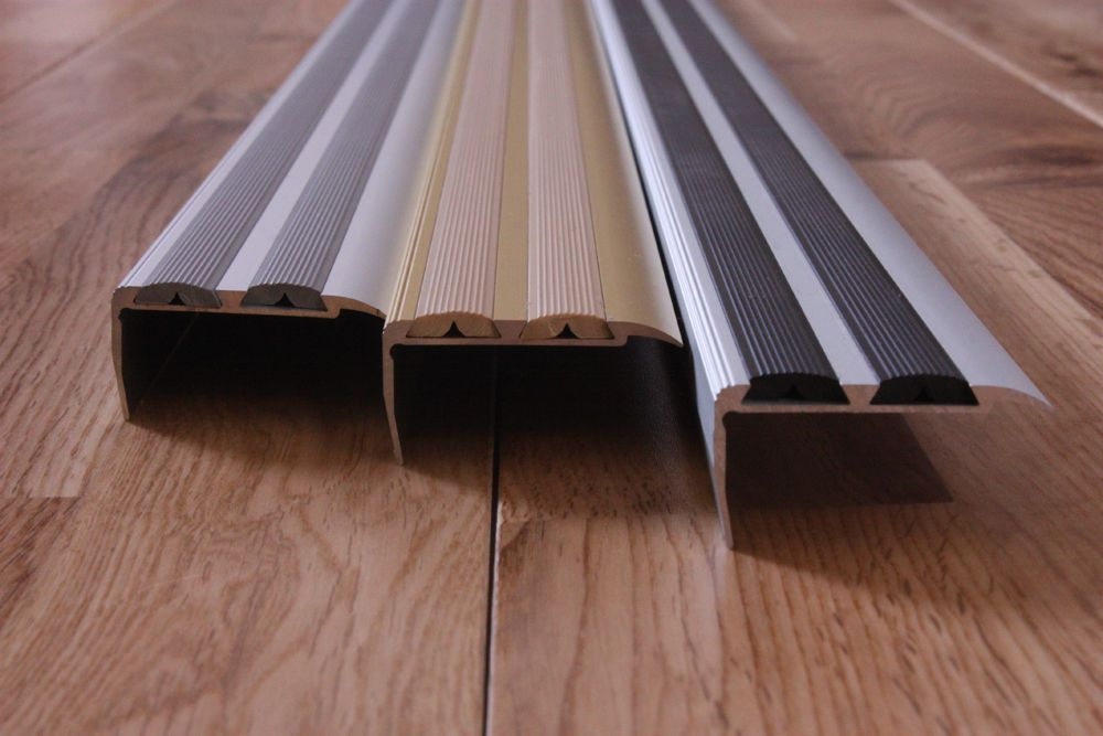 how to cut metal edging