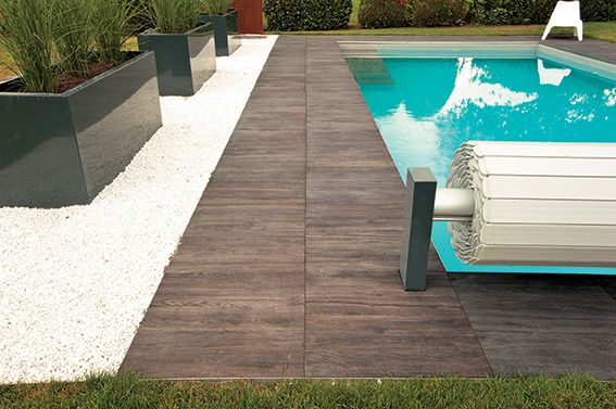 Revêtement sol extérieur carrelage EVO 2 VM #piscine #aspectbois