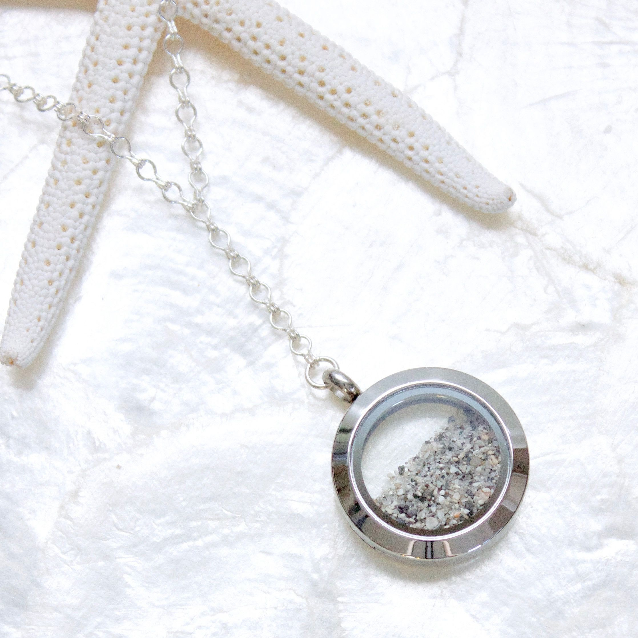 of keeper story memory the lily blanche locket blog lockets