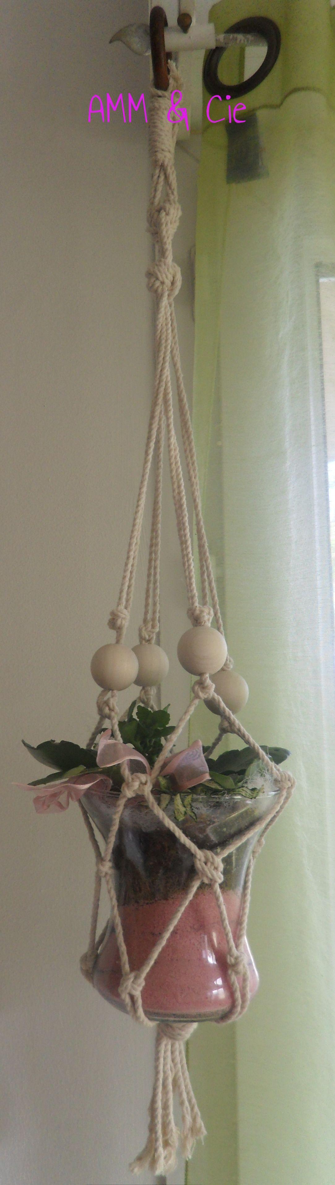 une suspension en coton IWWI facile en nœuds de Carrick et perles