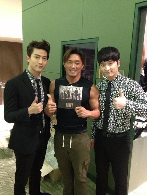 2PM(Taecyeon, Changsung) with Chu Sung-hun(Akiyama)