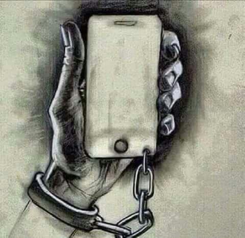 Así están viviendo la humanidad últimamente..