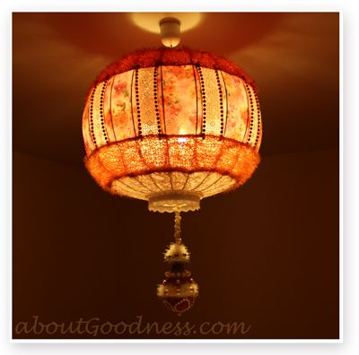 DIY Bohemian Lampshade {tutorial} - not sure if I feel like I could tackle this one. hm