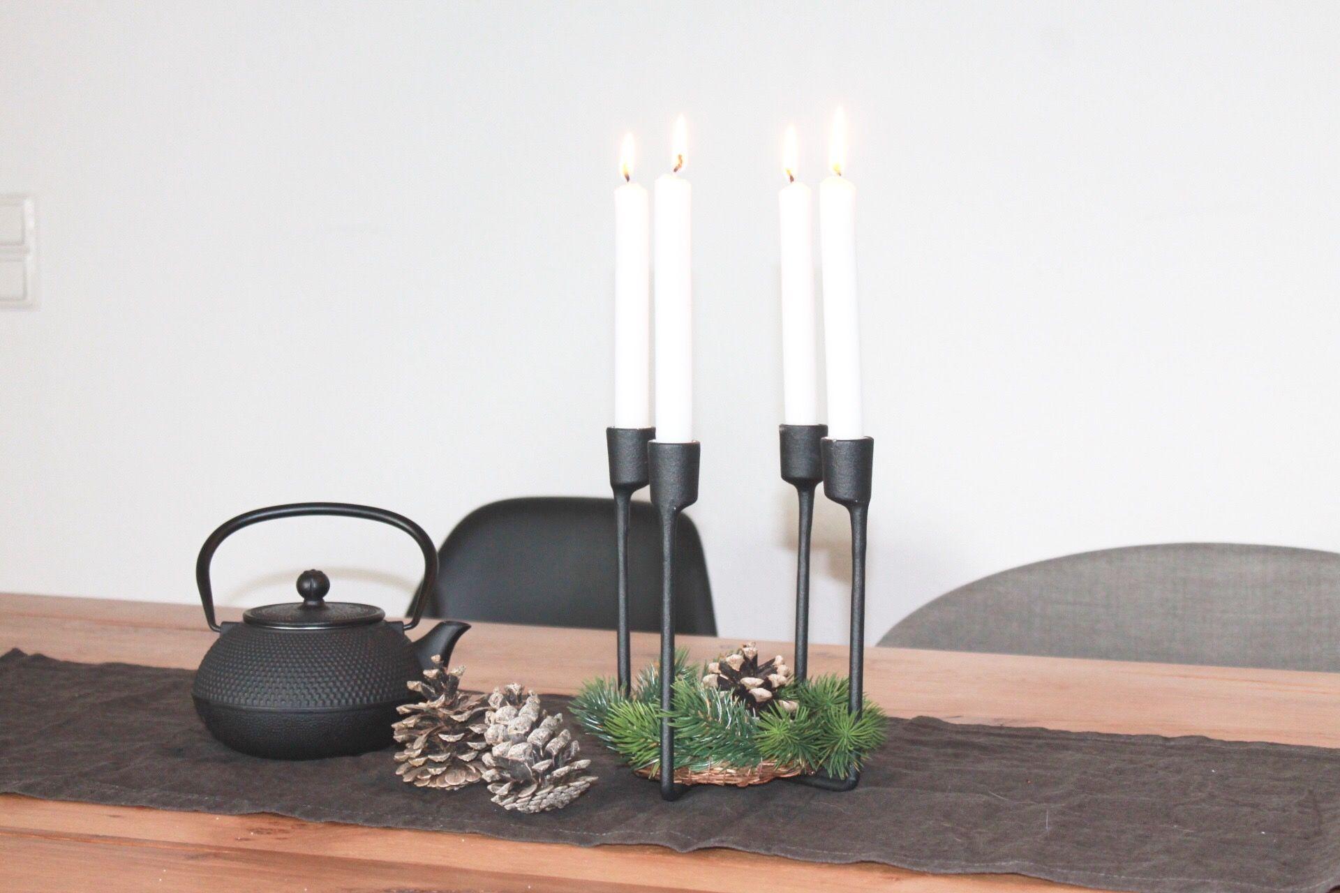 Im Esszimmer Wollte Ich Die Tischdekoration Winterlich, Schlicht Und Doch Gemütlich  Gestalten.