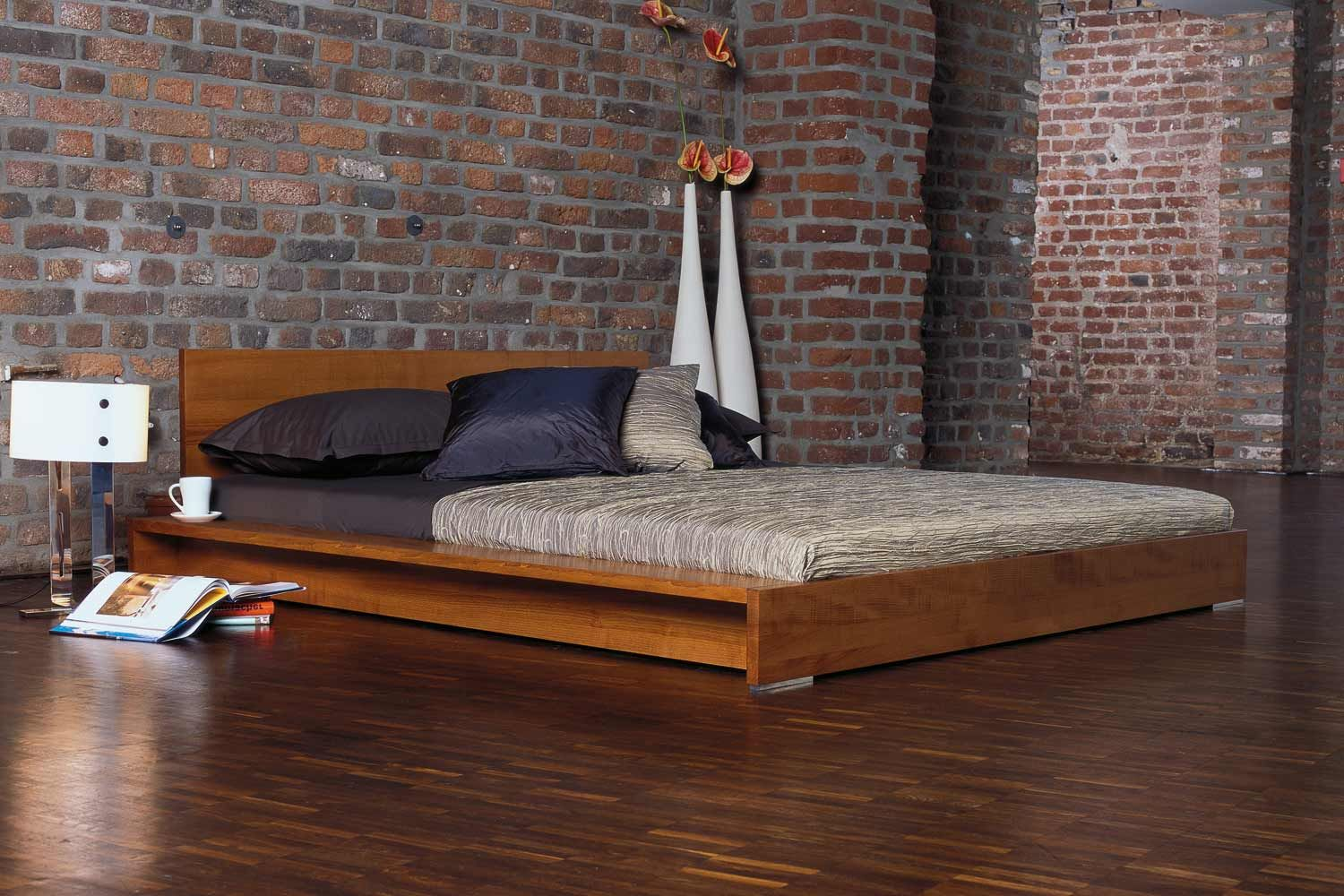 Minimalist Platform Bed Designs and Pictures Wood